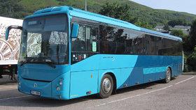 Odškodnění za zpožděné autobusy se o roky odkládá. Diví se tomu i dopravci