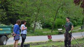 Květiny ve Stromovce už nejsou: Další příležitost bude v Oboře Hvězda