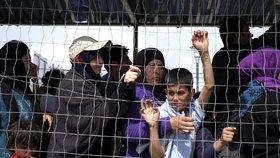 Uprchlíci jako nebezpečná tsunami? Brněnští experti oponují, že jde o lidi