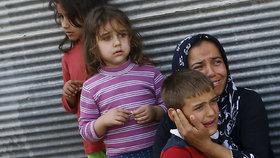 Uprchlický tábor hrůzy: Uklízeč znásilňoval děti, dal jim za to 12 Kč