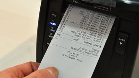 Závislost na Účtenkovce? Rekordman registroval 1885 dokladů. Účtenky se i prodávají