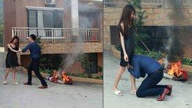 Manželství skončilo v plamenech! Muž prosil na kolenou, ať ho žena neopouští