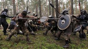 V Česku se odehrála Bitva pěti armád: Les v Doksech zaplavili fanoušci Hobita a Pána prstenů!