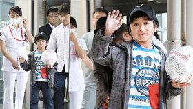 Japonského chlapce (7) nechali rodiče týden v lese: Odpustil mi, tvrdí otec