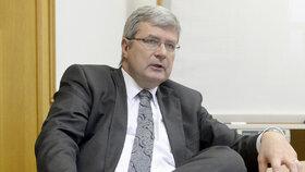 """Zákulisní hráč Jansta se zbavil """"zlatého dolu"""". Důvodem prý není stíhání, ale zdraví"""