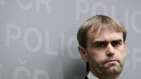 Šlachta rezignoval na funkci šéfa ÚOOZ, vedení policie prověřují žalobci