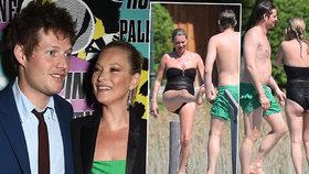 Supermodelka Kate Moss (42): Ukázala stehna plná celulitidy