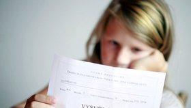 České děti mají menší strach z výprasku za špatné vysvědčení, vede kyberšikana