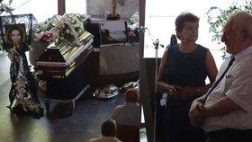 Pohřeb obětí autobusu s Čechy: Matku a dceru oplakaly stovky lidí