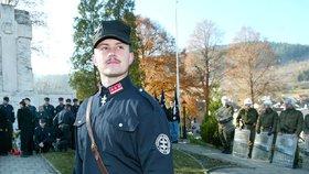 Pamětníci nacistických masakrů po Kotlebově úspěchu plakali. Zvolí ho dnes lidé znovu?