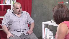 Ukrajinský lékař pomáhal pacientům do hrobu. Pak se tím chlubil v televizi