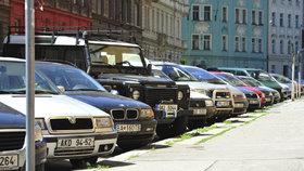 Řidiči v Praze 4 si vyřizují parkovací oprávnění: Kde jsou nejmenší fronty?