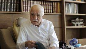 """Je to terorista."" V Turecku zadrželi synovce údajného viníka převratu Gülena"