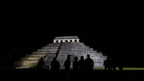 Archeologové objevili vodní tunel Mayů. Měl provést do podsvětí ducha vladaře