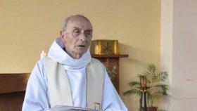 Česko rozezní zvony za zavražděného kněze. Biskupové: Útoků na nás přibývá