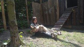 Mazlení povoleno: Kontaktní Zoopark Zvole sbližuje lidi a zvířata