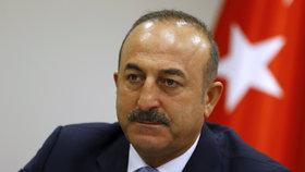 """""""Chceme termín zrušení víz, jinak odstoupíme od migrační dohody,"""" hrozí Ankara"""