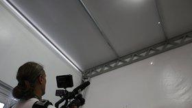 Fanoušky olympiády vyděsila kulka: Vlétla do stanu, kde bylo sto lidí