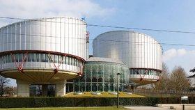 Česká emigrantka dostane odškodné. Štrasburský soud jí přiznal 1,5 milionu korun