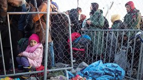 Kolem 2500 dětských migrantů bez doprovodu, tedy zhruba dvě třetiny jejich evidovaného celkového počtu, nemá v Řecku zajištěné důstojné ubytování. (ilustrační foto)