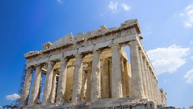 """Památkáři zatrhli BBC natáčení v antickém chrámu. """"Ostuda,"""" zuří řecká vláda"""