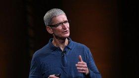 Už žádný rozbitý displej? Apple dá miliardy výrobci tvrzených skel