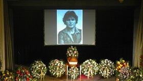 Pohřeb Pavla Nováka: Všichni se na něj vykašlali!