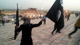 Sadistický telefonát islamisty: Uřízl jsem hlavu tvému synovi, ty ku*vo!