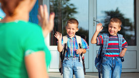 """Boj o dobrou základní školu: Rodiče mlží a """"stěhují"""" děti, kam můžou"""