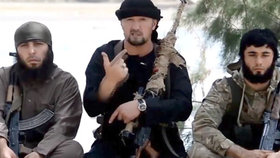 Američané vycvičili velitele ISIS. Teď za jeho hlavu nabízejí 73 milionů