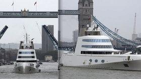 Kvůli ruskému oligarchovi Melničenkovi a luxusní jachtě, kterou prodává, se otvírají brány Londýna