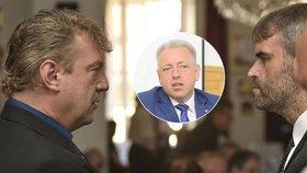 Změny v policii nařídil Chovanec, aby odstranil Šlachtu, tvrdí exdetektiv