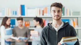 České vysoké školy zadarmo i v cizím jazyce? Univerzity jsou pro změnu