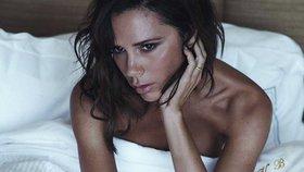 Victoria Beckham: Podívejte se, co skrývá v kabelce a jak tančila na ulici