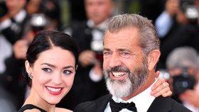 Šedesátník Mel Gibson: Bude podeváté otcem! Potomka mu porodí o 35 mladší partnerka