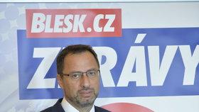 Lídr TOP 09 na Ústecku Kučera bojkotuje Zemana. A pokémony chce chytat dál