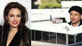 Jolie se ukrývá s dětmi v nedobytné pevnosti, prozíravě si ji pronajala už dopředu