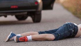 Opilý řidič na Znojemsku smetl chodce a ujel: Nadýchal skoro dvě promile!