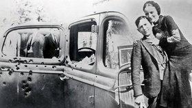 Legendární Bonnie a Clyde nikdy neukradli víc než 1500 dolarů: Policisté je provrtali desítkami kulek