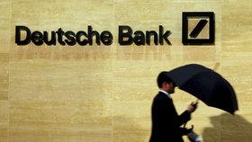 Kácející se Deutsche Bank skončila překvapivě v plusu. Potopí ji pokuta USA?