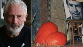 Sochař Kurt Gebauer, který navrhl i zrcátko TýTý: Vzkazy pro Havla do záhrobí!