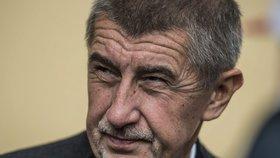 V Plzeňském kraji vyšachovali vítězné ANO: Křesla poskládaly 4 strany