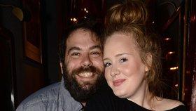 Adele se tajně vdala? Po její děkovné řeči na Grammy se o tom spekuluje!