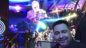 Zážitek pro Luboše Xavera Veselého: Nemocný Elton John ho pozval k sobě na jeviště