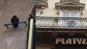 Nejstarší dopravní značkou v Praze je sova na fasádě Platýzu: Co oznamovala?