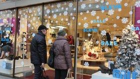 Začínají slevy: Obchody otevírají po svátcích a rovnou zlevní, místy i 80 %