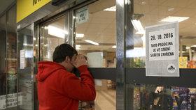Obchodníci: Kvůli 28. říjnu vyletěly miliardy oknem. Bodoval dovoz jídla