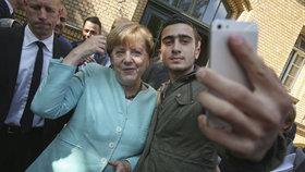 """""""Mama Merkel"""" couvá z diktátu uprchlických kvót. Smír v Evropě nenastal, přiznala kancléřka"""