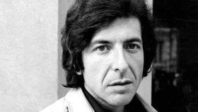 Smrt Leonarda Cohena tajili tři dny: Zemřel po pádu ve svém domě
