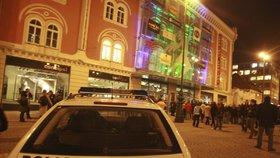 Střelba v Palladiu: Kriminalisté v noci našli mrtvou ženu